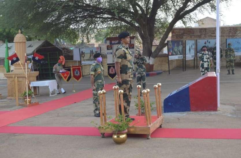 आईजी पहुंचे जैसलमेर, सीमा चौकियों का लिया जायजा