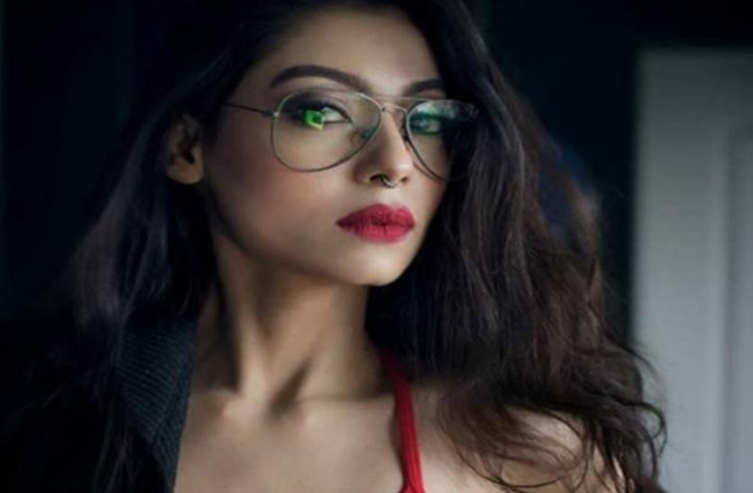 कंगना के बाद इस अभिनेत्री ने लगाए बॉलीवुड पर आरोप, बताया-कॅरियर की शुरुआत में