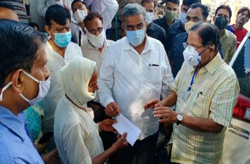 चम्बल नदी दुखान्तिका : मंत्रियों के सामने फफक पड़े पीड़ित परिवार