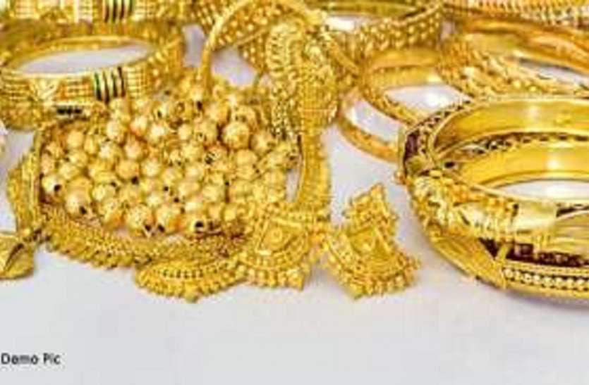 चोरों का देर रात मकान में धावा, 30 लाख रुपए व सोने-चांदी के जेवरात ले उड़े