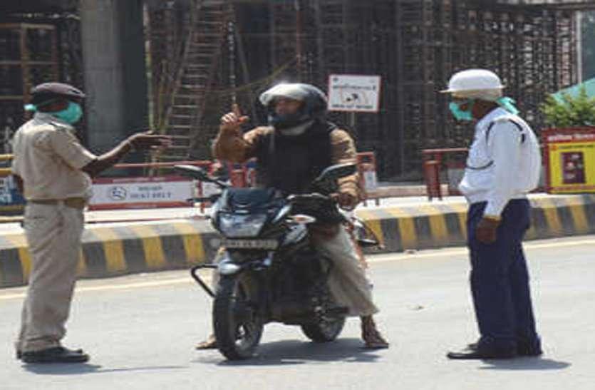 आज से सात दिन का टोटल लॉकडाउन शुरू, मॉर्निंग वॉक पर निकले लोगों पर पुलिस ने दिखाई सख्ती, केवल इमरजेंसी सेवा को छूट