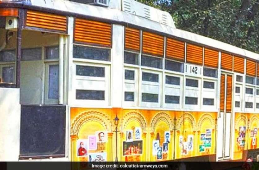 First time : कोलकाता में खुला पहला चलता-फिरता पुस्तकालय