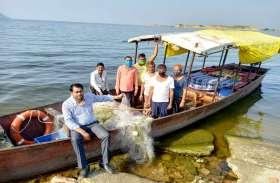 मछली चोरी व अवैध नौकाओं पर कसा शिकंजा