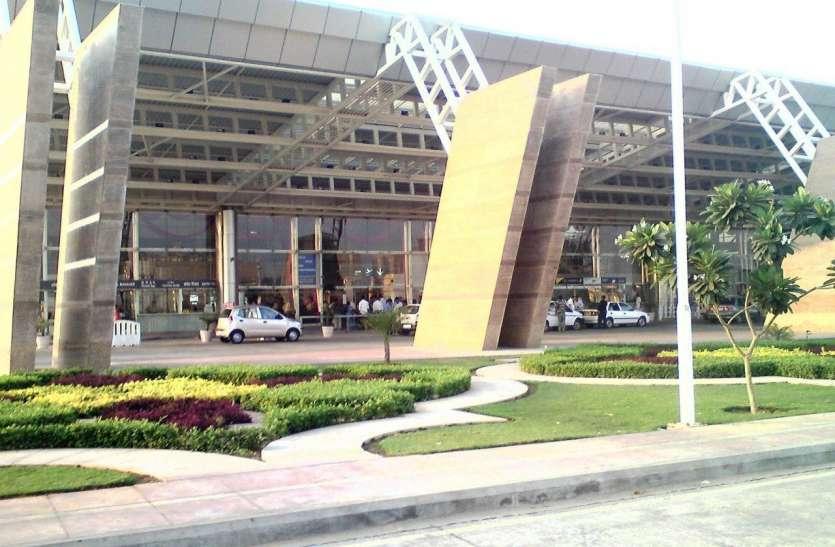 कोरोना काल: त्योहारी सीजन से पहले जयपुर एयरपोर्ट की सुरक्षा पर फोकस