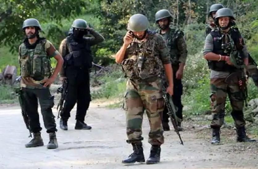 बुरहान वानी के साथ के कमांडर समेत 2 आतंकी ढेर, इधर सेना ने किया पाकिस्तान की बंदूकों का मुंह बंद