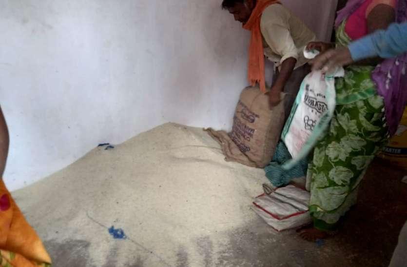 जिले के गोदामों में भंडारित 1.27 लाख चावल में 94 हजार क्विंटल अमानक चावल