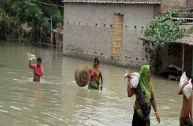 Bihar Election: बाढ़ की तबाही झेल रहे लाखों लोग, सुरक्षित चुनाव पर उठ रहे सवाल