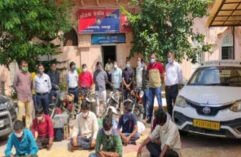 Ahmedabad News : अंतरराज्यीय वाहन चोर गिरोह के सात सदस्य गिरफ्तार