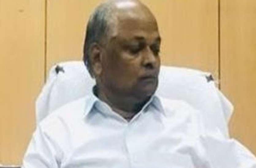 बाबरी विध्वंस मामले के आरोपियों के खिलाफ कोई साक्ष्य नहीं मिला : स्पेशल जज सुरेंद्र कुमार यादव
