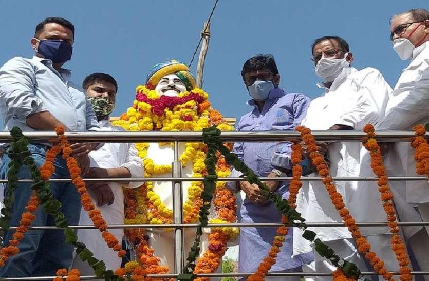 जयंती पर याद किए गए डॉ दिगंबर सिंह, 'भावुक' राठौड़ बोले- 'पारस' से दोस्ती कर 'कुंदन' की तरह चमक उठा जीवन