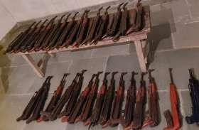 मिजोरम मेंबीएसएफ ने28 एके 47 व अन्य घातक हथियार बरामद किए