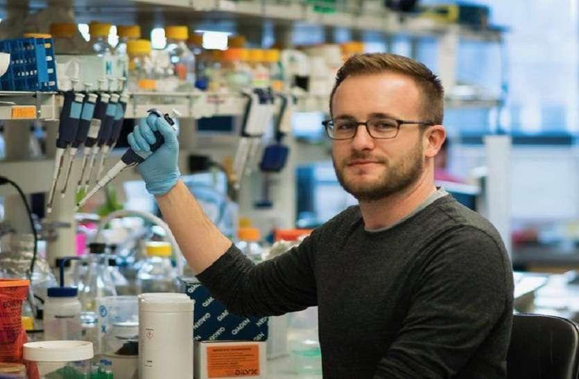 CORONA VACCINE : इस बात से खफा है कोरोना वैक्सीन के लिए पहला ट्रायल देने वाला शख्स