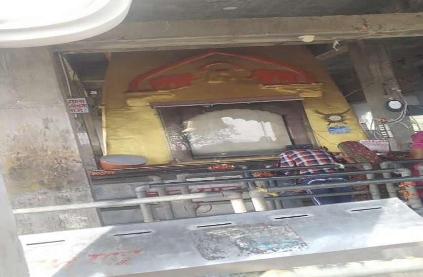 रतनगढ़ माता मंदिर पर होने वाले लक्खी मेले पर कोरोना का साया