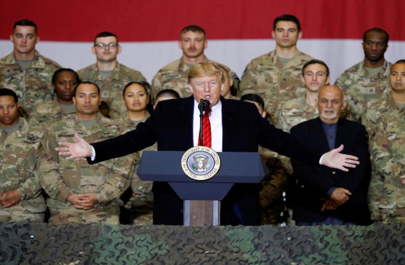 ट्रंप ने कहा, अफगानिस्तान में तैनात अमेरिकी सैनिक क्रिसमस तक घर पर हों