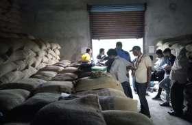 गोदामों में रखे चावल के पूरे स्टॉक की होगी अपग्रेडिंग