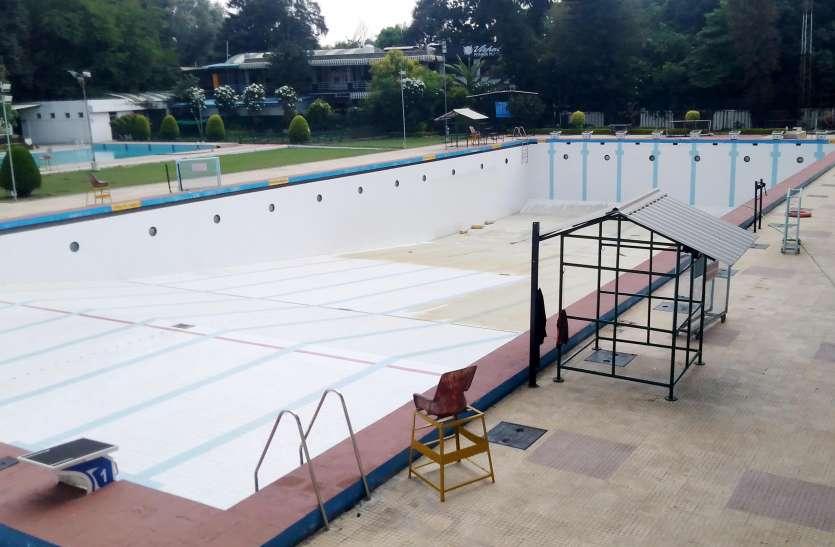 आठ लेन के पूल में एक बार में 16 तैराक ही करेंगे प्रैक्टिस