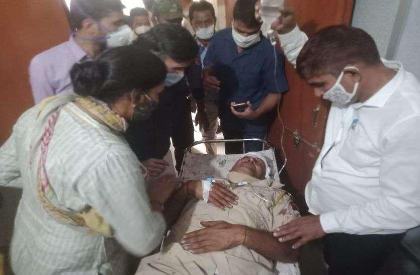 सादुलपुर विधायक को एस्कॉर्ट कर रही पुलिस जीप को ट्रक ने मारी टक्कर
