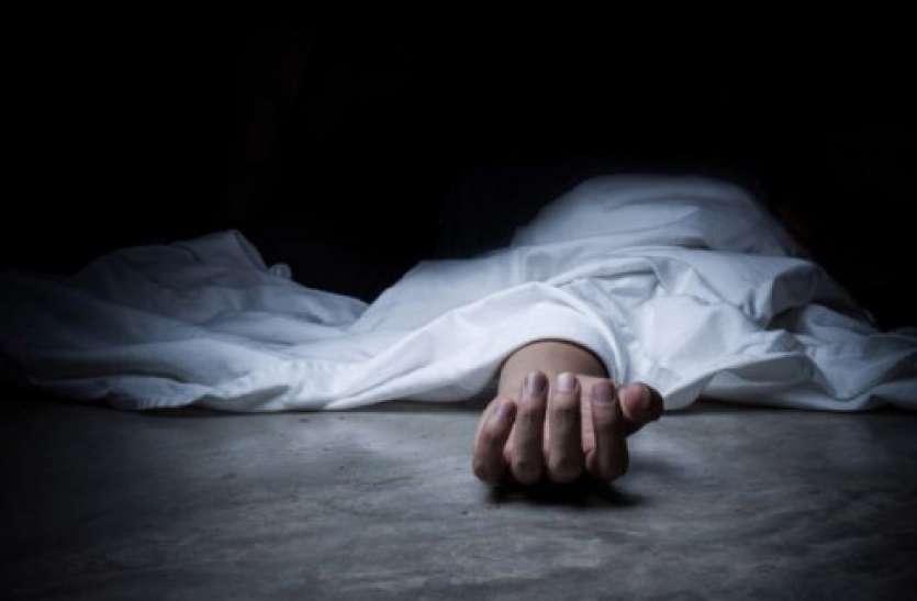 बाराबंकी की दलित नाबालिग लड़की की पोस्टमार्टम रिपोर्ट ने सभी को हिलाया, रेप के बाद दी गई दर्दनाक मौत, पोस्टमार्टम पैनल के डॉक्टरों के भी उड़े होश