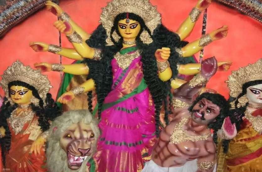 दुर्गा पूजा पर भी कोरोना का साया