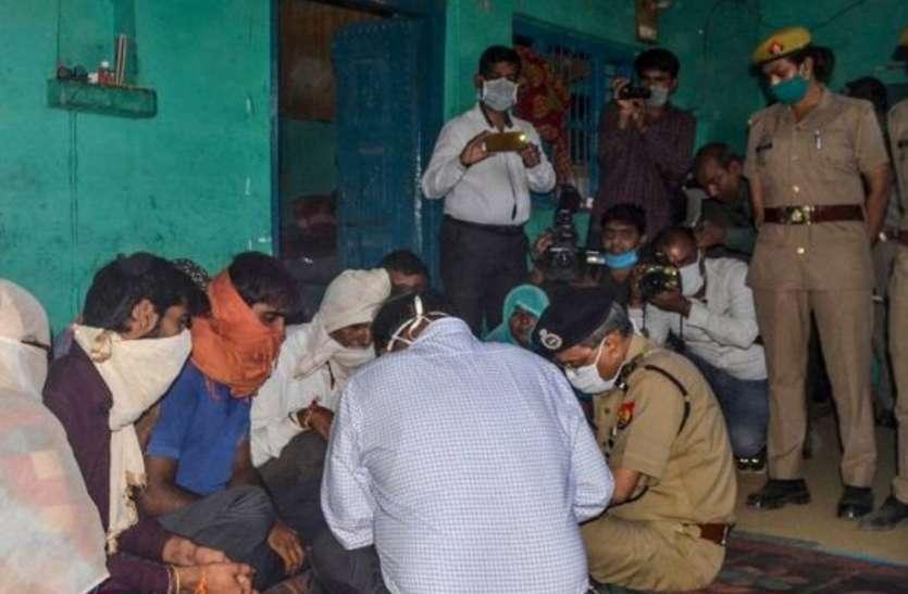 हाथरस रेपकांड : पीड़िता के भाई ने कहा, अब यूपी नहीं दिल्ली में रहना चाहता है परिवार