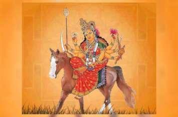 इस बार घोड़े पर सवार होकर दर्शन देने आ रही हैं मां दुर्गा, देश-दुनिया के लिए की गई यह भविष्यवाणी