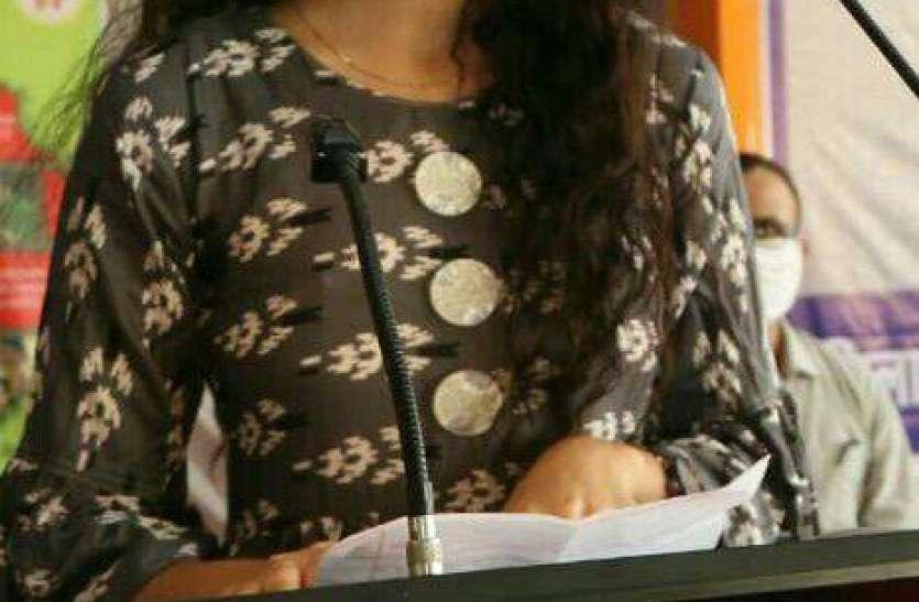 शी पावर-  ब्रांड एम्बेसडर मैमूना खान ने छात्राओं को दिखाई नई राह