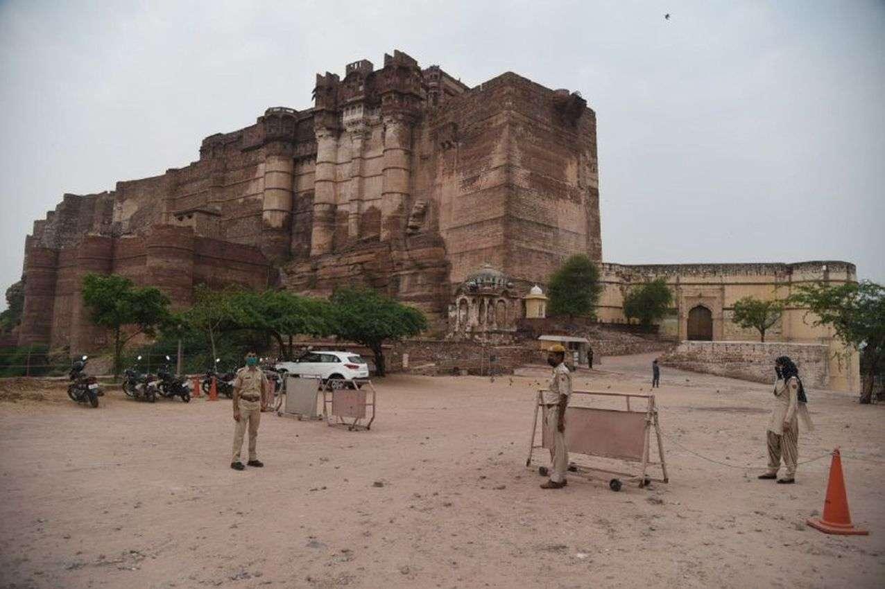 नवरात्रा में मेहरानगढ़ तब और अब, देखें तस्वीरें...