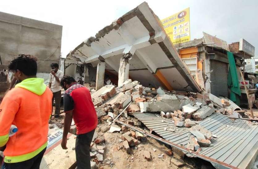 सरखेज, मेमनगर एवं रामोल समेत कई जगहों पर अवैध निर्माण तोड़े