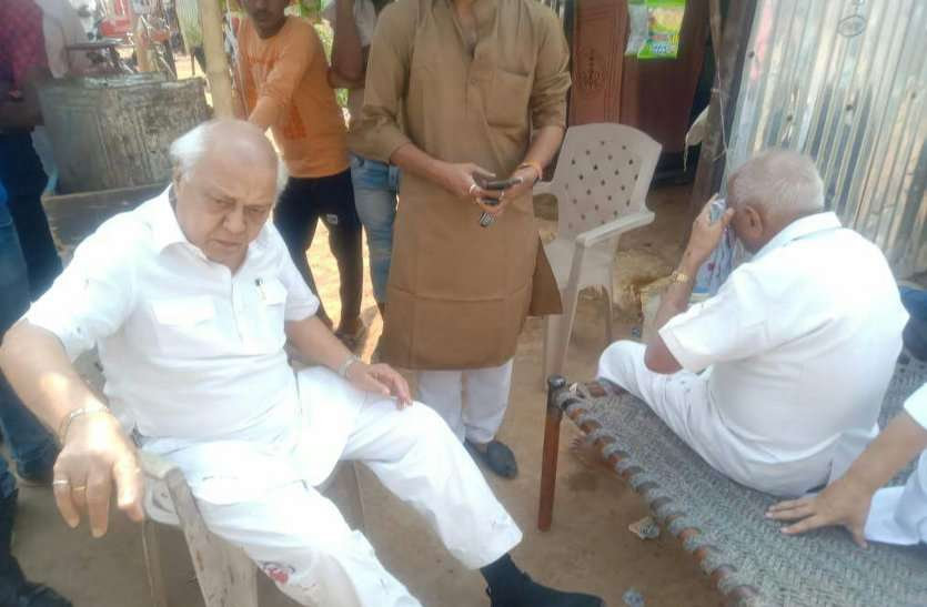 former minister Balendra Shukla injured in road accident
