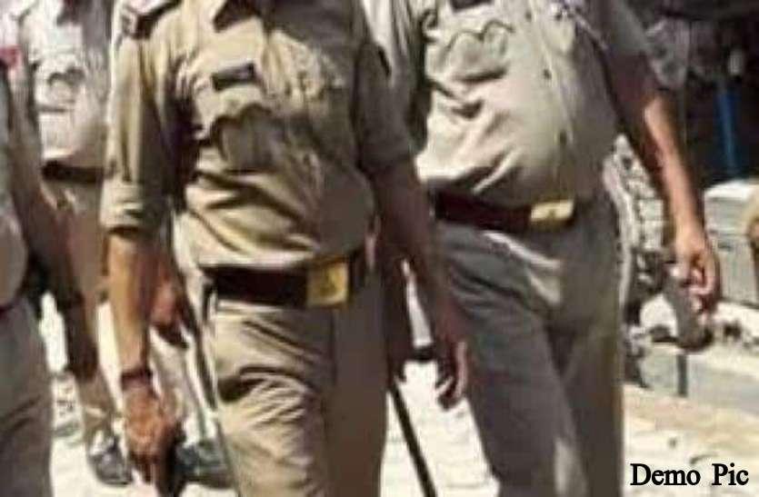 कुशीनगर में डबल मर्डर, बिहार सीमा से सटे बाजार में दो लोगों की सरेआम गोलीमारकर हत्या