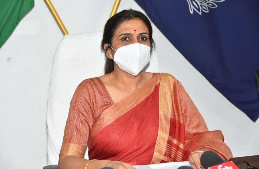 आरती की मां बोली, एसपी चन्द्रा हमारे लिए दुर्गा से कम नहीं