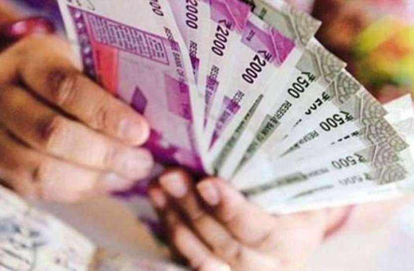 दिवाली तक खाते में आएगा PF का पैसा, दो किस्तों मे मिलेगी रकम, जानें कैसे चेक करें बैलेंस