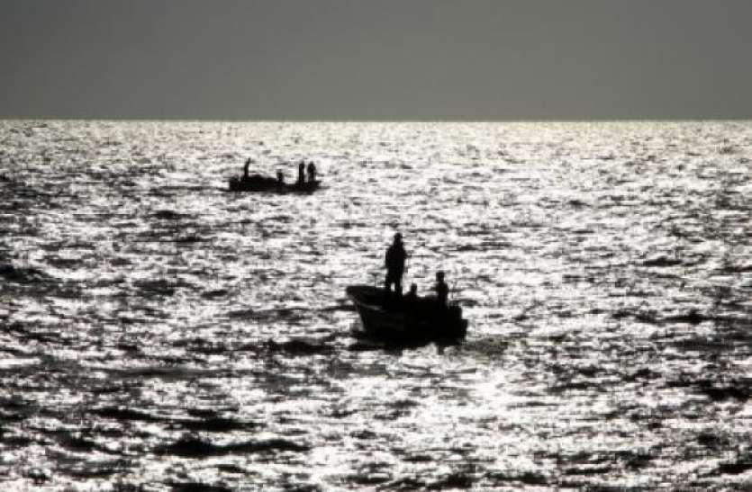 पश्चिम बंगाल के मुर्शिदाबाद में बड़ा हादसा, नाव पलटने से चार लोगों की मौत