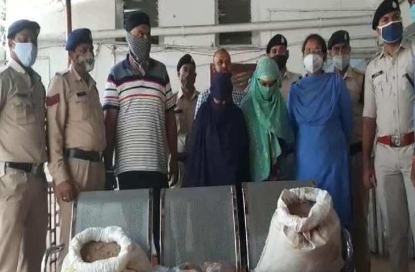 ट्रक चालक और नशेड़ियों को अफीम-डोडा उपलब्ध कराने वाला ढाबा संचालक महिला तस्करों के साथ गिरफ्तार