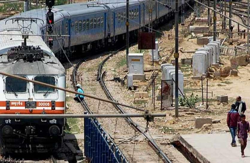 Good News: Indian Railway ने लिया फेस्टिवल ट्रेनें चलाने का फैसला, आज से पटरी पर दौड़ेगी शताब्दी एक्सप्रेस
