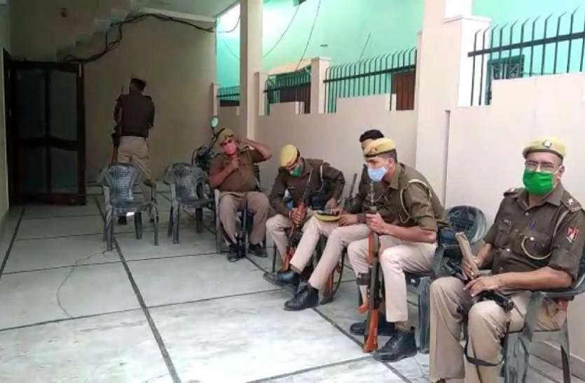 मायावती के बेहद करीबी सांसद के खिलाफ आयकर विभाग की बड़ी कार्रवाई, कई ठिकानों पर छापेमारी