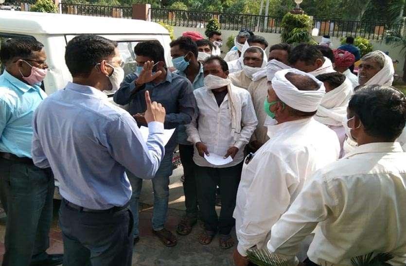 किसानों की खिंचतान में स्थगित हुई जल वितरण समिति की बैठक