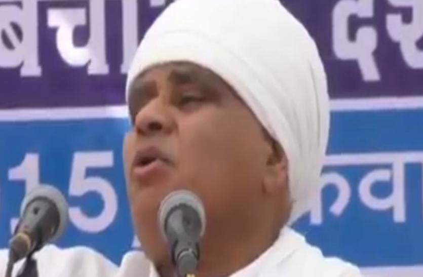 वायरल वीडियो: फूल सिंह बरैया का विवादित बयान, कहा- लक्ष्मीबाई ने आत्महत्या की वो वीरांगना नहीं