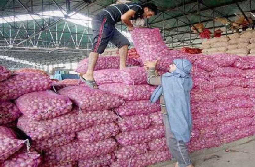 Ahmedabad News : राजकोट मार्केट यार्ड : प्याज का भाव एक महीने में दुगना