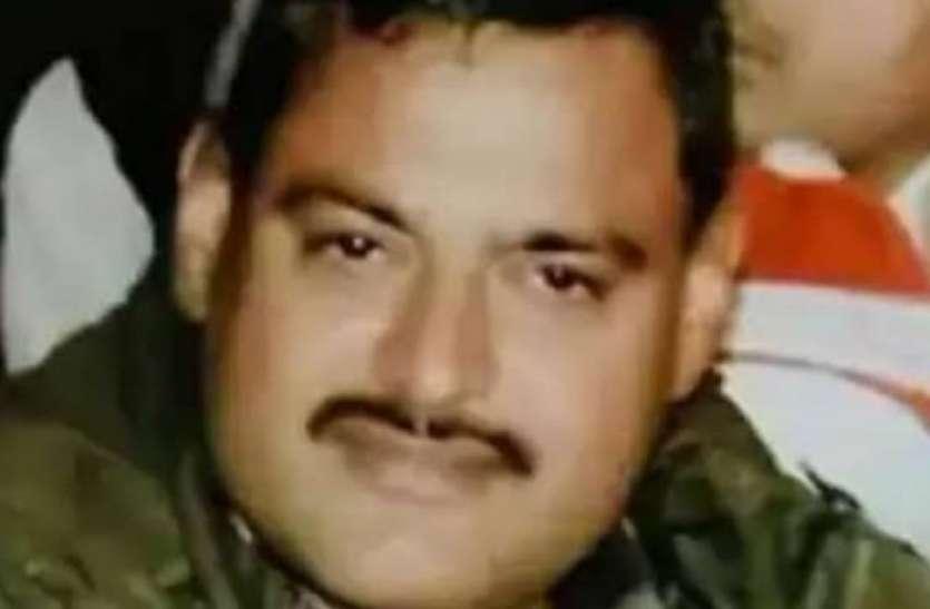 कानपुर बिकरू कांड - पुलिस के साथ प्राशासनिक अधिकारी व कर्मियों की भूमिका