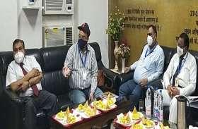 तेजस में वडोदरा, अहमदाबाद के लिए पर्यटक ले सकते हैं विशेष पैकेज