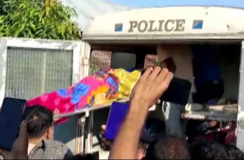 West Bengal : दक्षिण दिनाजपुर में 1 ही परिवार के 5 शव बरामद, हत्या की आशंका