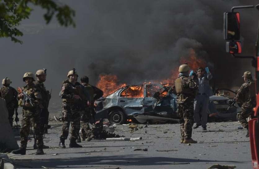 Afghanistan: कंधार प्रांत में आत्मघाती कार बम धमाके में 4 की मौत, 40 घायल