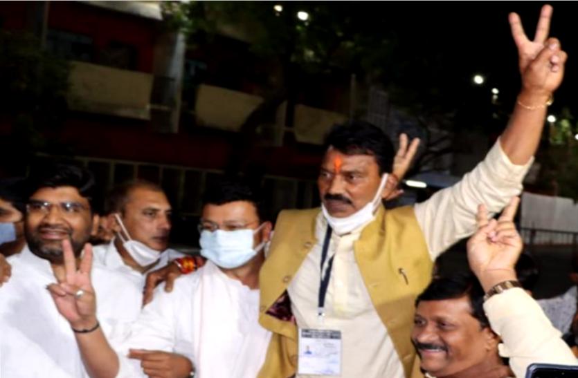 भाजपा के तुलसी सिलावट ने दर्ज की उपचुनाव की सबसे बड़ी जीत, बोले- गद्दार नहीं खुद्दार हैं, जनता ने लगा दी मुहर