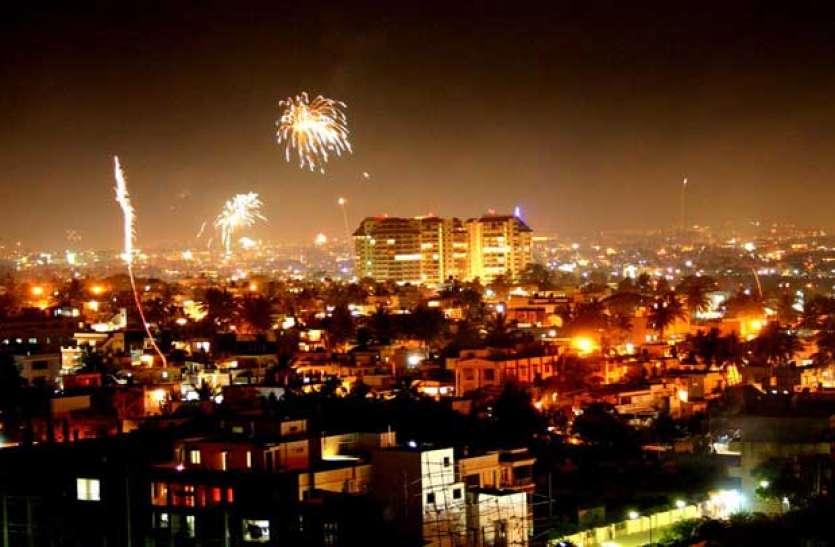 इस शहर में दीपावली पर लोगों ने खरीदे 10 करोड़ के पटाखे, रातभर जमकर हुई आतिशबाजी