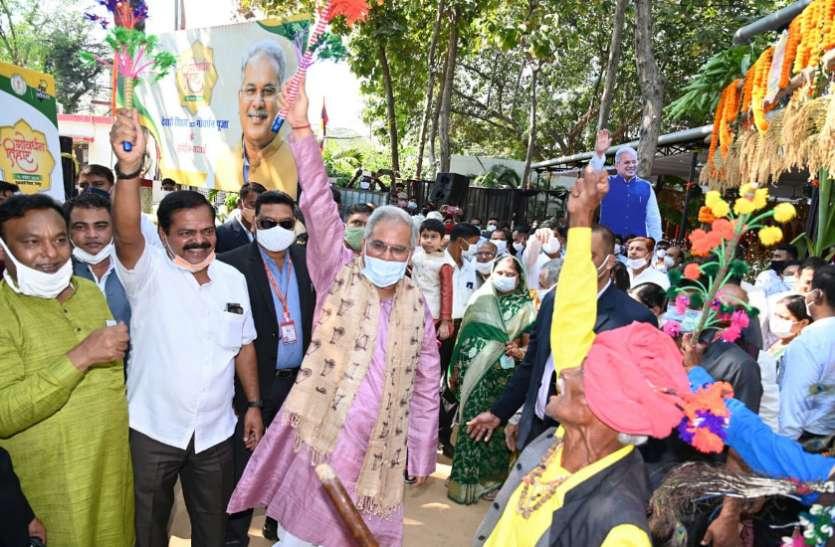 मुख्यमंत्री निवास में पारंपरिक हर्षाेल्लास के साथ मनाया गया देवारी तिहार और गोवर्धन पूजा का उत्सव