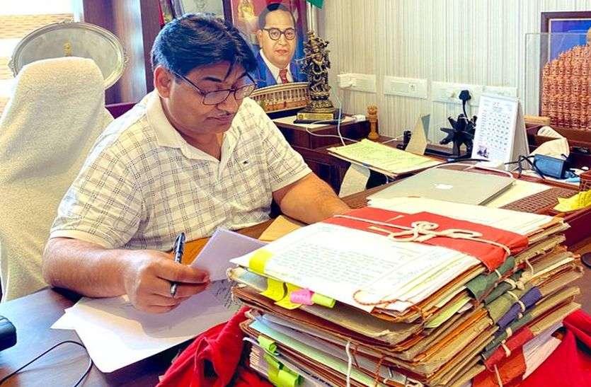 शिक्षा मंत्री डोटासरा ने कहा, ऑनलाइन पढ़ाई की पहले बतानी होगी फीस