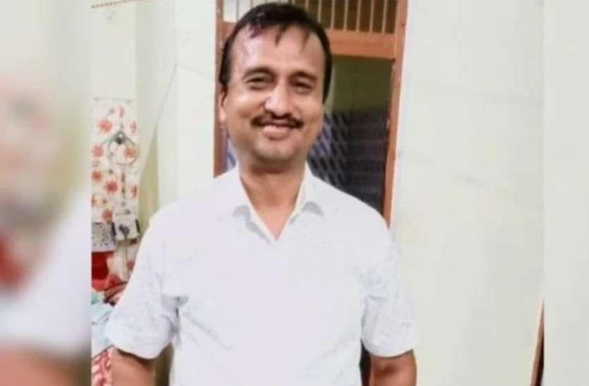 दिवाली पर दुकान में पूजा कर घर लौट रहे व्यापारी की हत्या, रेलवे लाइन के पास मिला शव
