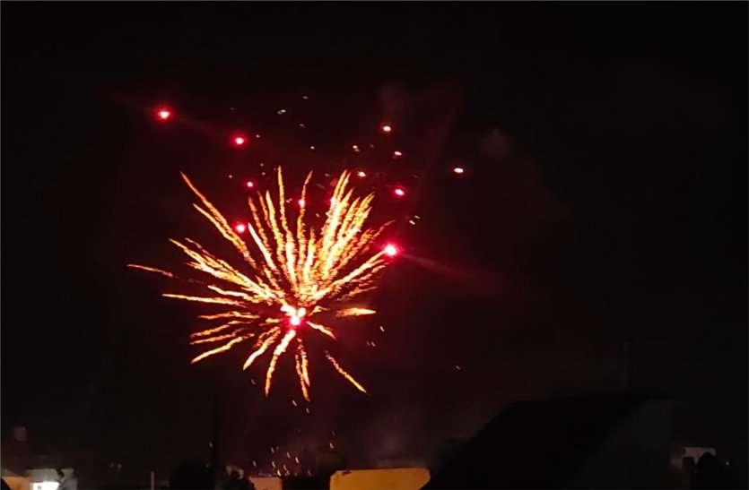 Diwali celebrated with great pomp