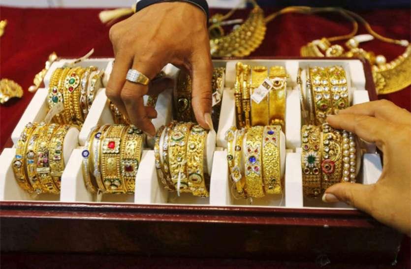 विदेश से कितना सोना ला सकते हैं भारत? जानें बाहर से सामान लाने का पूरा नियम